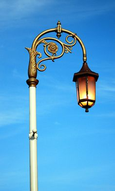A Beautiful Dublin Street Lamp The Shamrock Is Just Lovely