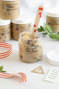 These DIY edible gifts are perfect for a housewarming party, to welcome a new neighbor, to give to a new graduate or gift someone special on Father's Day. Check out these ideas including a DIY ice cream sundae kit, diy cookie dough, and diy bbq sauce.
