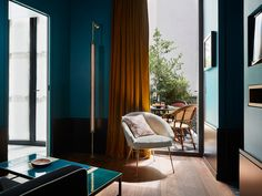 Rooms & Suites at Le Roch Hotel and Spa in Paris - Design Hotels™