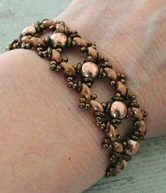 Linda's Crafty Inspirations: Bracelet of the Day: Ivy Bracelet Variation - Rose Gold