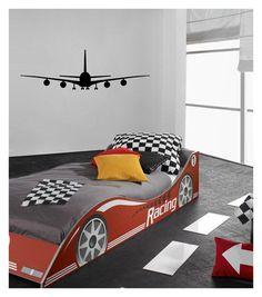 Een stoere kinderkamer muursticker in de vorm van een vliegtuig. Door het velours heeft de sticker een warme uitstraling.