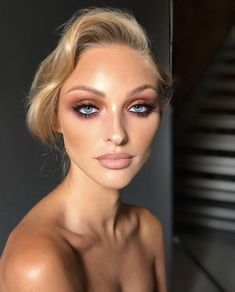 Stunning make-up. I came across this make-up and I loved it … - Makeup Tips Diy Blue Eyes Make Up, Eyeshadow For Blue Eyes, Eyeshadow Looks, Make Up For Blue Eyes Blonde Hair, Blonde Bridal Makeup, Bridal Makeup For Blue Eyes Blonde Hair, Makeup Eyeshadow, Makeup Looks Blue Eyes, Bridal Makeup For Blondes