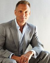 Kevin Harrington (September 4, 1959) Australian actor, o.a. known from the soapseries 'Neighbours'.