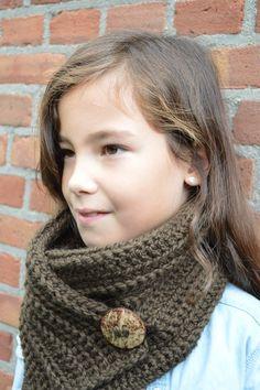 Gratis haakpatroon / Free crochet pattern: Easy button scarf