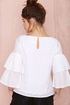 Nasty Gal Thread Lightly Top - Sale: Off Topshop Outfit, Blouse Styles, Blouse Designs, Fashion 2017, Fashion Dresses, Sewing Blouses, Fashion Sewing, Lace Tops, African Fashion