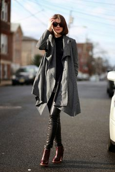 mykonos ticker: 15+1 Προτάσεις για να φορέσετε, τα μαύρα δερματινα...
