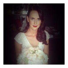 KAREN WILLIS HOLMES 'Caitlyn' gown. #karenwillisholmes #kwhbridal #realbride #modernbride #bespoke
