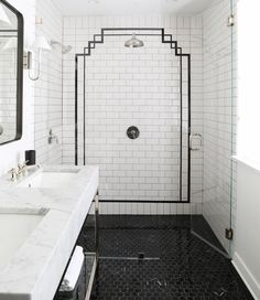 7 shower tile ideas that will drastically change the look of your bathroom Minimalism Interior, Shower Tile, Bathroom Sets, Bathroom Interior, Small Bathroom, Bathroom Renovations, Bathroom Decor, Interior Deco, Shower Design