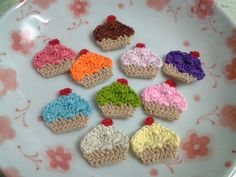 6pcs - Mini Cupcake Crochet Applique - fine acrylic yarn - made to order - Pick your own color from our color chart