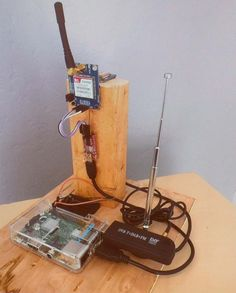 HOW TO DETECT AND FIND ROGUE CELL TOWERS - Hack-a-Day - A Stingray / cell site simulator detector