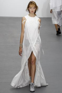 http://www.vogue.com/fashion-shows/spring-2016-ready-to-wear/eudon-choi/slideshow/collection