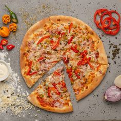 La Mafia Mafia, Vegetable Pizza, Vegetables, Food, Pizza, Veggie Food, Vegetable Recipes, Meals, Vegetarian Pizza