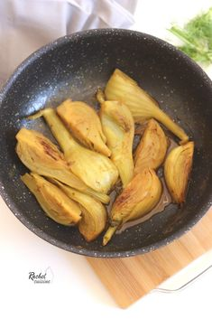 Fennel confit with spices - Rachel cuisine - Vegetarian Recipes Vegetarian Recipes Videos, High Protein Vegetarian Recipes, Healthy Soup Recipes, Easy Healthy Dinners, Dinner Healthy, Breakfast Healthy, Quick Recipes, Healthy Food, Vegetarian Chili Crock Pot