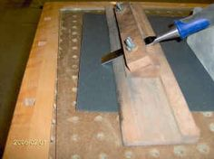 Sharpening jig for wood chisels and plane irons