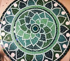 Mosaic stepping stones Mosaic flower pots and more - PinDiyCrafts