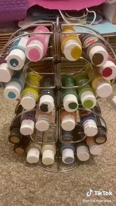 Diy Crafts For Home Decor, Diy Crafts Hacks, Diy Arts And Crafts, Diy Crafts Videos, Paint Organization, Dollar Tree Organization, Organization Ideas, Paint Storage, Craft Storage