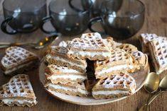 Gulrotkakevafler Side Dishes, Sweet Tooth, Muffins, Pie, Sweets, Cookies, Baking, Dinner, Breakfast