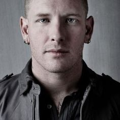 Corey Taylor, one of my favorite singers and authors!