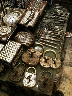 Old keys, padlocks, inlaid boxes, all great finds at the Istanbul 'Grand Bazaar' metalware. Perfect for your collection.