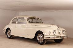 Vintage Sports Cars, Vintage Cars, Antique Cars, Bristol Cars, Designer Image, Merc Benz, Citroen Traction, Morris Minor, Sport Cars