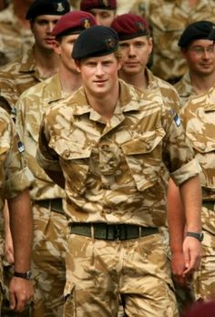 Mar 2019 - My thanks to all the men in uniform who protect, serve, and keep us safe. See more ideas about Men in uniform, Men and Military men. Prince Harry Of Wales, Prince William And Harry, Prince Harry And Megan, Prince Harry Army, Princess Meghan, Prince And Princess, Lady Diana, Meghan Markle, Windsor