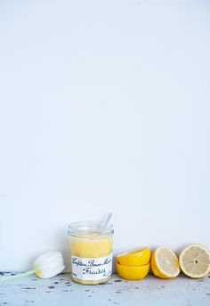 A clementine cake and citrus curd