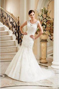 16 Best olcsó és szép menyasszonyi ruha images  9ae8888ad6
