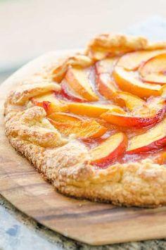 Peach Tart Recipes, Fruit Recipes, Sweet Recipes, Dessert Recipes, Cooking Recipes, Just Desserts, Delicious Desserts, Yummy Food, Dessert Healthy