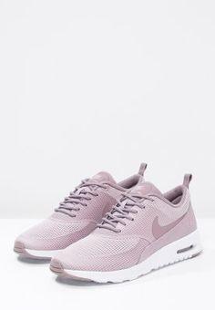 huge selection of c9893 8717f Nike Sportswear AIR MAX THEA - Sneaker low - plum fog purple smoke white -  Zalando.de    Style  in 2019   Sneakers, Nike sportswear, Nike shoes