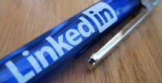 La red de contactos laborales LinkedIn ha incorporado una funcionalidad que puntúa a los candidatos cuando aplican en una oferta, comparando sus debilidades y fortalezas con las del resto. #empleo #linkedin