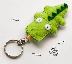 Crocodile+felt+keychain+green+cute+animal+by+InspirationalGecko,+€12.00