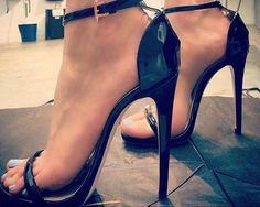Ruthie Davis SS2017 Madison sandal