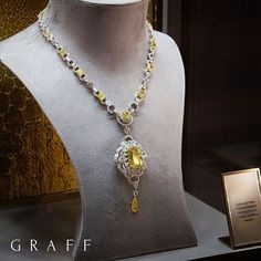 Golden rays The vibrant hues of this exceptional 32.11 carat radiant cut fancy yellow diamond, shine brightly within this stunning necklace.  More than 37 carats of the finest white diamonds beautifully complement a further 14 radiant cut yellow diamonds, enhancing the natural lustre of the jewels. #GraffDiamonds #YellowDiamond #FineJewellery