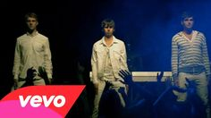 Foster The People - Houdini You need to hear this song! I CAN'T STOP listening to it.