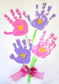 Handprint flower bouquet for Mother's day or spring! (kids craft) gift for mum Printable Handprint Mother's Day Poem - Crafty Morning Kids Crafts, Mothers Day Crafts For Kids, Daycare Crafts, Baby Crafts, Toddler Crafts, Diy Mother's Day Gift For Grandma, Aunt Gifts, Mothers Day Poems, Mothers Day Cards