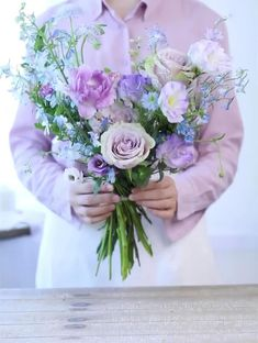 We provide,  Wholesale&Retail Floral Packaging Supplies . 👇🏼👇🏼👇🏼👇🏼👇🏼 www.bbjwraps.online  Exclusive discount for florists and flower lovers! Flower Bouquet Diy, Bouquet Wrap, Beautiful Bouquet Of Flowers, Floral Bouquets, Silk Flowers, Paper Flowers, Exotic Flowers, Flowers Garden, Purple Flowers