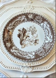 common ground : Thanksgiving Tablescapes with Transferware Vintage Dishes, Vintage China, White Dishes, White Plates, Thanksgiving Tablescapes, Beautiful Table Settings, China Patterns, Decoration Table, Fall Decor