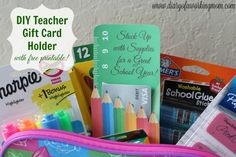 Planning to give a back to school gift card from @GCMall to your favorite teacher, student, or administrator? Check out this DIY Teacher Gift Card Holder printable! ‪#‎ad‬ ‪#‎BackToSchool‬ ‪#‎GiftCardMall‬ ‪#‎GCMallBTS‬