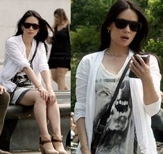 Joan's wolf graphic tee and ankle boots on Elementary.  Outfit Details: http://wornontv.net/19525/ #Elementary