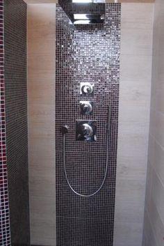 Mosaikfliesen in der Dusche