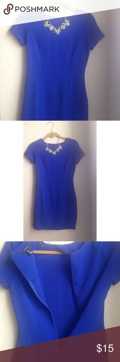 • F21 Fitted Blue Dress • textured fitted royal blue dress w/ invisible back zipper. perfect classy little dress for any occasion 💙 *will include necklace for no charge* Forever 21 Dresses Mini