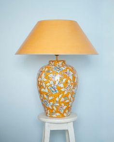 tischlampe deruta blu 60 cm handgemalte tischlampen aus italien pinterest lampen. Black Bedroom Furniture Sets. Home Design Ideas