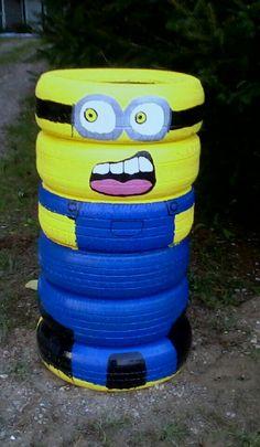 Minion tire man
