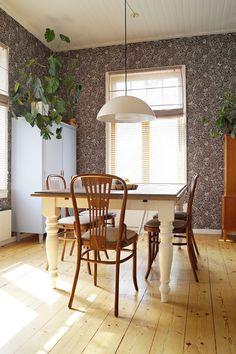 Vintage Interiors, Midcentury Modern, Vintage Fashion, Dining Table, Mid Century, Living Room, Heart, Furniture, Ideas