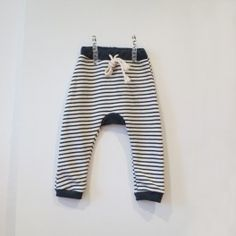 NV Baggy striped pants [navy]  www.mintandpersimmon.com