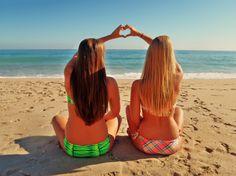every brunette needs a blonde best friend <3