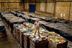 The Brazilian Bus Magnate Who's Buying Up All the World's Vinyl Records - NYTimes.com