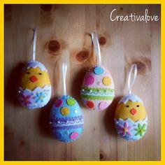 Ovetti e pulcini per l'albero di Pasqua, decorazioni in pannolenci/feltro. Handmade Felt Creations.