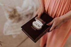 Fotograf: Sophie Häusler Photography | Video: Santiago Boceta Wedding Films | Planung: Die HochzeitskoryFee |  Location: Himmelblau Rust | Make Up & Haare: Anjhe Gavilanes Maquilladora | Outfit Braut: Heyday | Schmuck: Rosa Marlene |  Papeterie: HERZDRUCK | Floristik: Blumenzimmer | Torte: Kuchenboutique e.U. | Seidenbänder: Waldfarn Pinterest Instagram, Location, Rust, Films, Outfit, Photography, Wedding, Style, Saint James