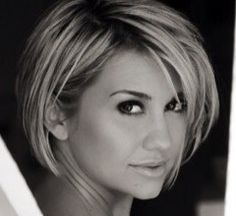 Chelsea Kane - love her hair! If I ever get the guts to cut my hair short, I think I'll try this! Hair Styles 2014, Medium Hair Styles, Short Hair Styles, Short Hairstyles For Women, Pretty Hairstyles, Fashion Hairstyles, Sweet Hairstyles, Hairstyles Haircuts, Corte Y Color